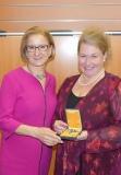 Silbernes Ehrenzeichen Martina Steffl-Holzbauer